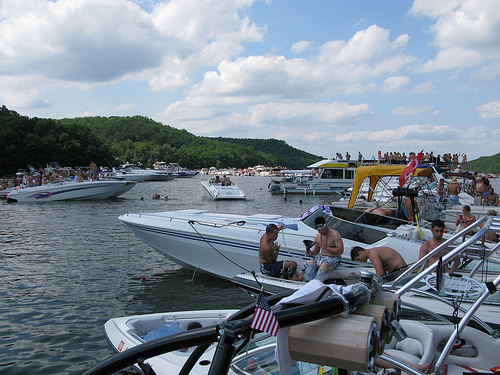Lake-of-the-Ozarks-Boating